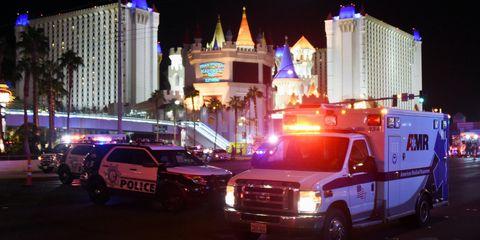 Emergency, Vehicle, Night, Metropolitan area, Car, Emergency service, Lighting, Emergency vehicle, Urban area, City,