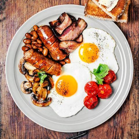 Dish, Food, Cuisine, Meal, Breakfast, Full breakfast, Ingredient, Fried egg, Brunch, Meat,