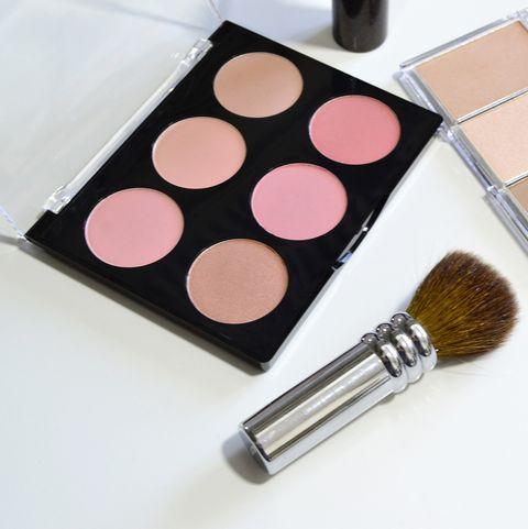 Cosmetics, Brush, Beauty, Eye shadow, Cheek, Product, Skin, Eye, Pink, Brown,