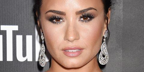 Human, Lip, Hairstyle, Skin, Chin, Eyebrow, Eyelash, Style, Amber, Black hair,