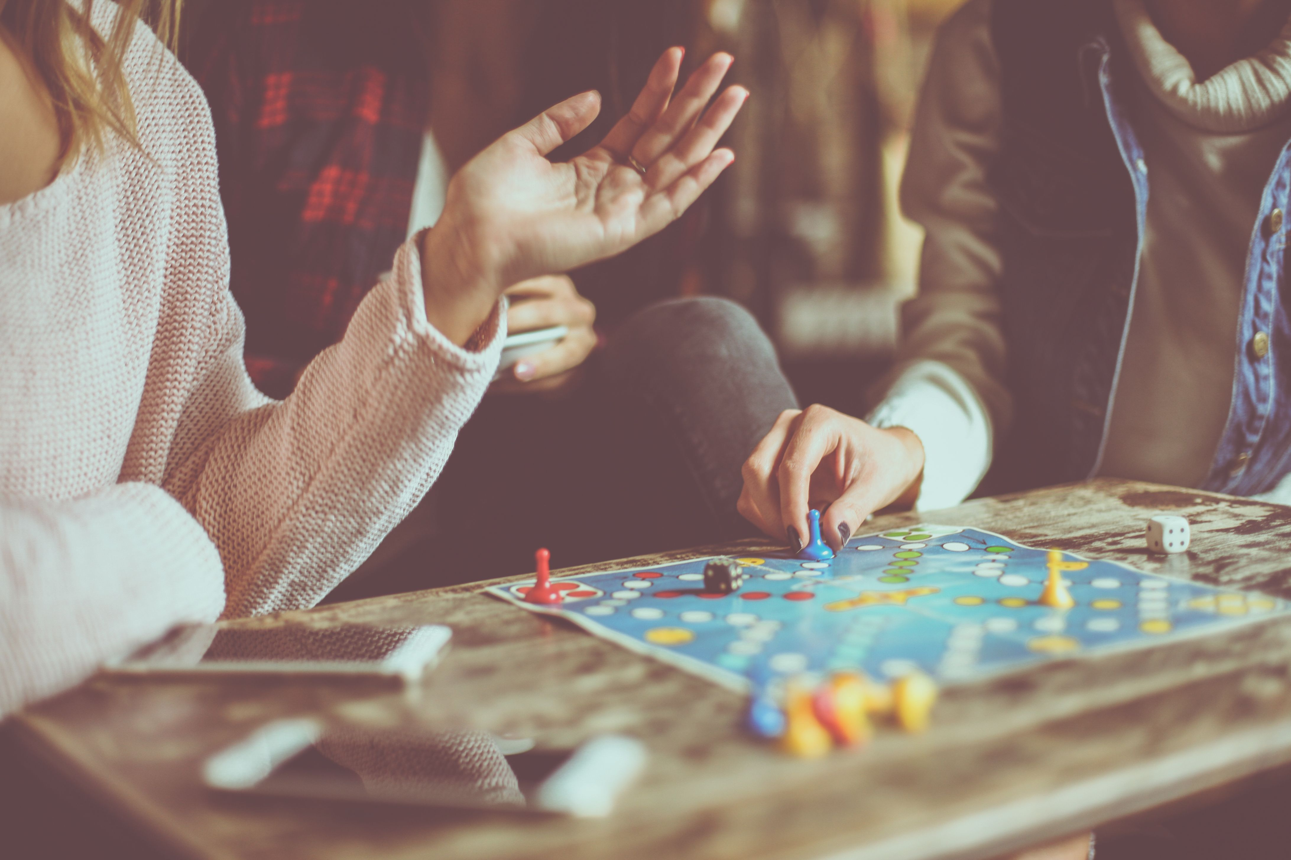 24 Best Games To Play With Friends At Home Game Night Ideas