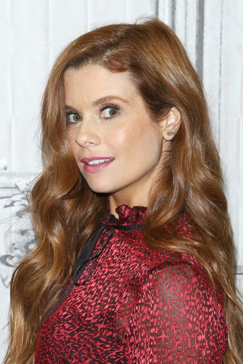 new york, ny   october 19  actress joanna garcia swisher attends build to discuss the show kevin probably saves the world at build studio on october 19, 2017 in new york city  photo by jim spellmanwireimage
