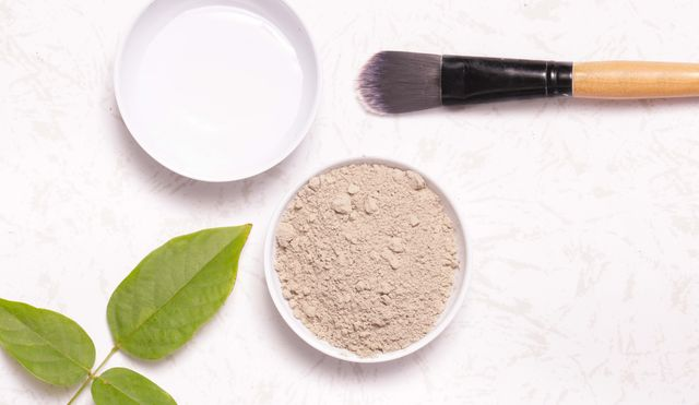 clay powder and water   facial mask ingredients
