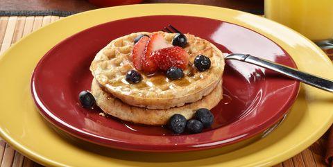Dish, Food, Cuisine, Breakfast, Pancake, Ingredient, Meal, Crumpet, Dessert, Produce,