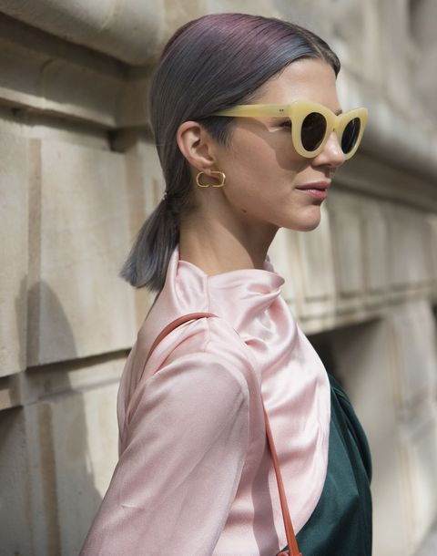 Eyewear, Hair, Sunglasses, White, Hairstyle, Glasses, Pink, Street fashion, Fashion, Beauty,