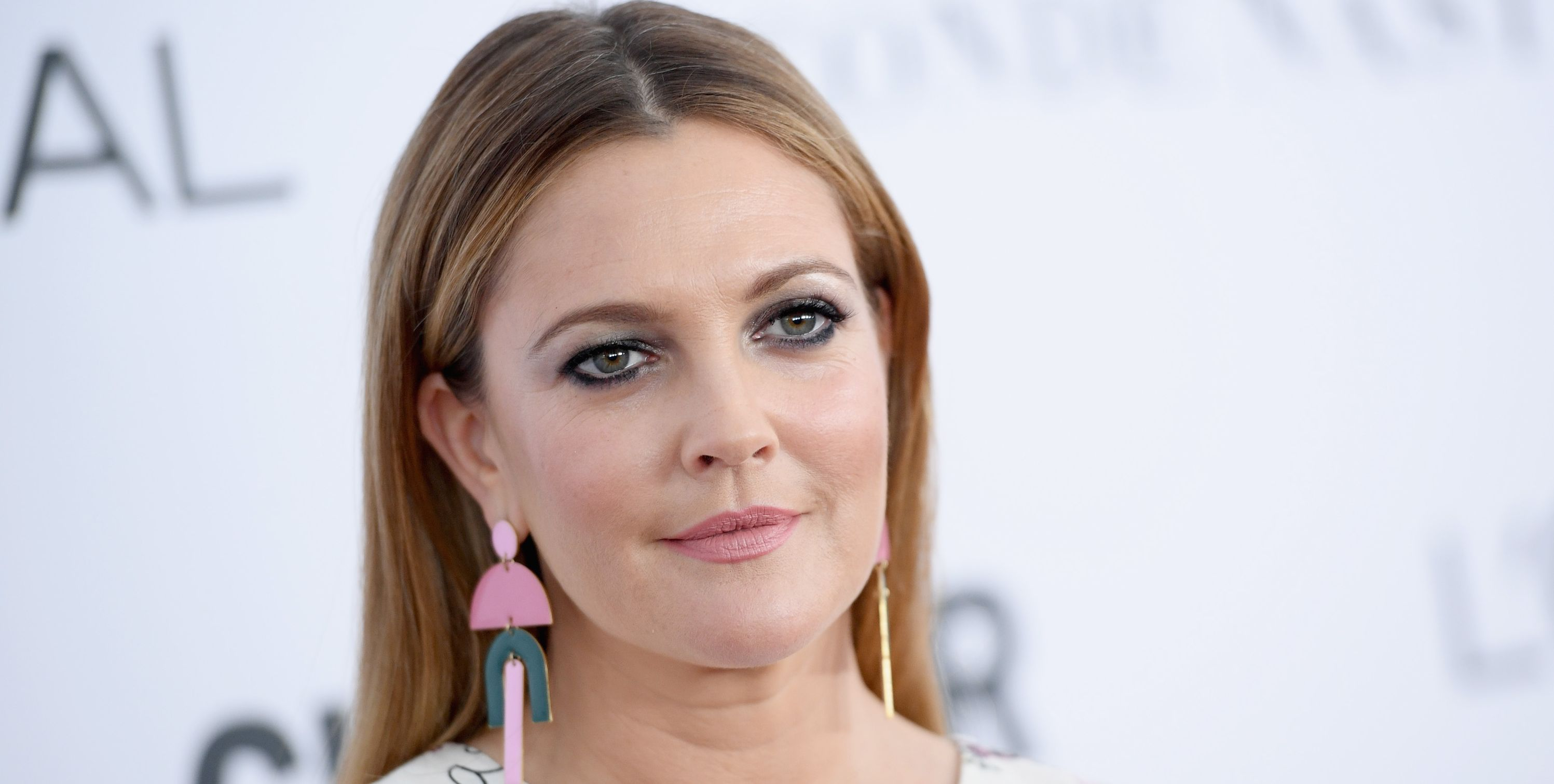 The £16 Acne-clearing Gel That Drew Barrymore Uses for Breakouts