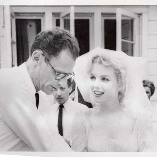 721956 roxbury, ct , playwright arthur miller and his bride, marilyn monroe are shown after their marriage in a religious ceremony at the home of mrand mrsjames barrett of south salem, ny rabbi robert goldburg of new haven and ha photo by bettmanncorbisgetty images