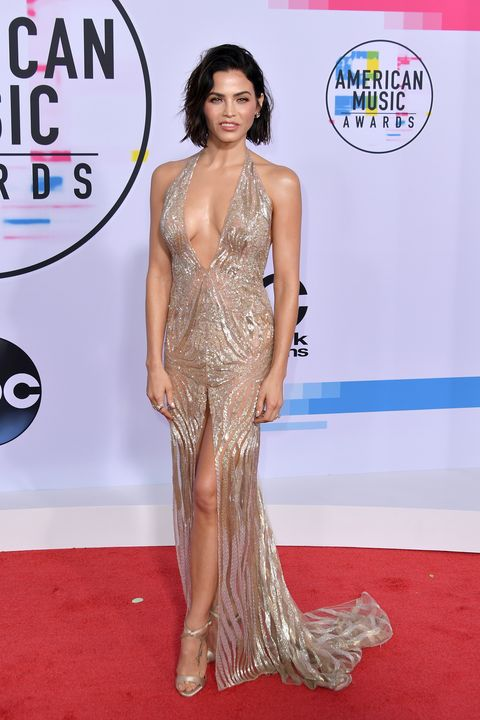 39824d31dc74 Best Red Carpet Looks From the 2017 American Music Awards – AMA Red ...