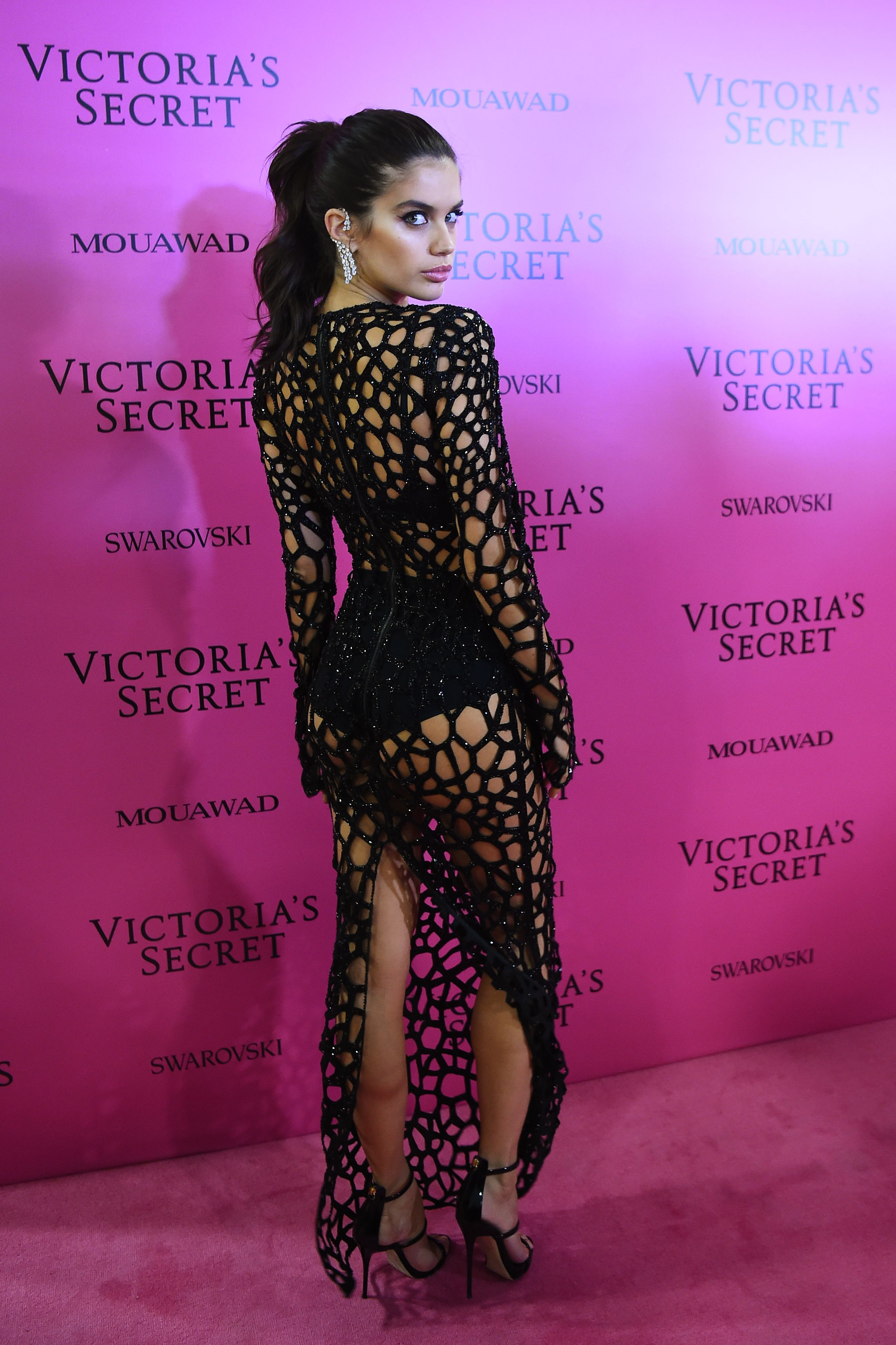 9b3dd095626 Victoria Secret Models in 2017 After Party Dresses - Best Red Carpet Looks  From VS After Party