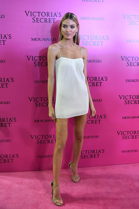 ebf1b1c11f3 Victoria Secret Models in 2017 After Party Dresses - Best Red Carpet ...