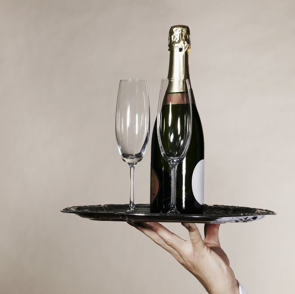 Everything You Need To Know About Champagne, Prosecco And Cava