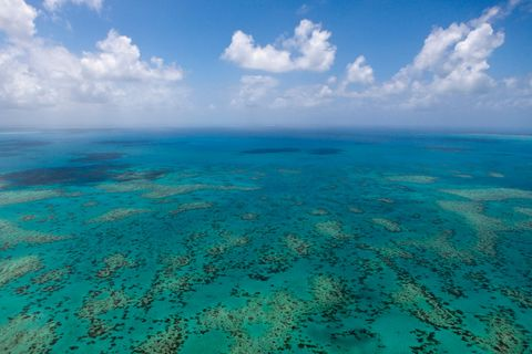 great barrier reef clouds