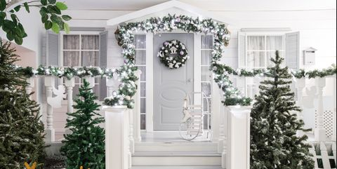 Christmas Tree Garland Ideas.20 Elegant Christmas Garland Ideas How To Decorate With