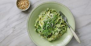 Lunch fietsen pasta met green goddess dressing