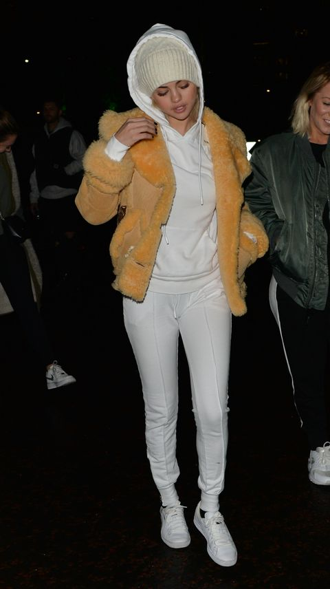 Selena Gomez\'s London Outfit Marathon - Selena Wears 6+ Outfits in ...