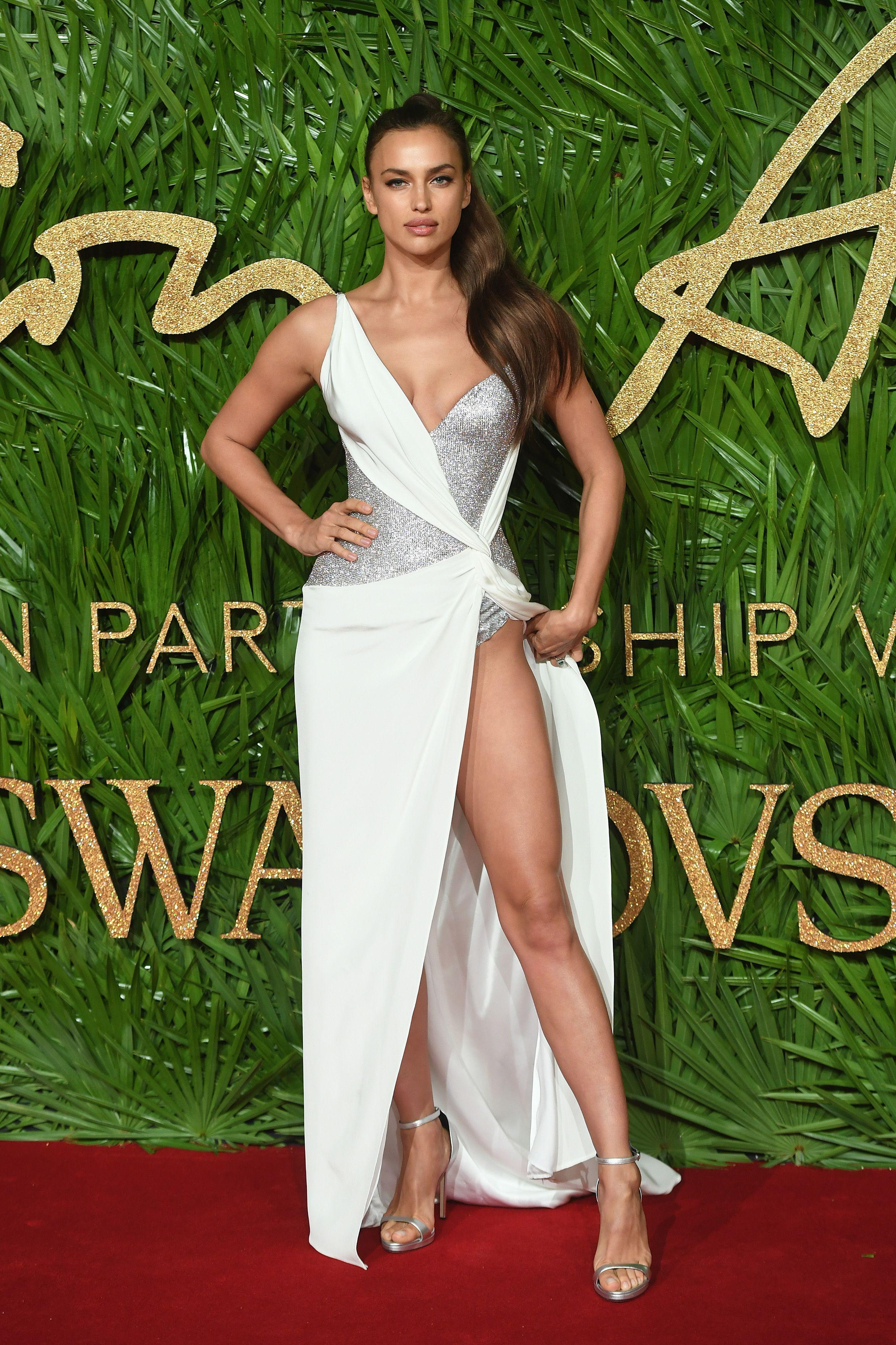 ae12fb5f1a1 The 33 Best Irina Shayk Outfits Through the Years