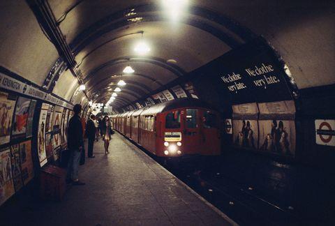 Transport, Light, Sky, Subway, Building, Urban area, Line, Architecture, Train station, Infrastructure,