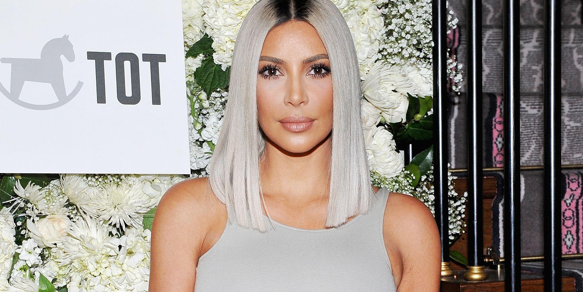 kim-kardashian-heeft-blauw-haar