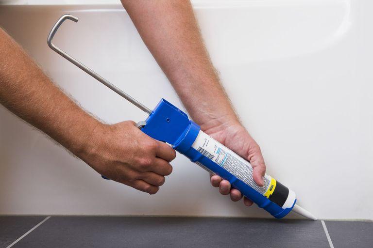 How to Caulk a Shower or Bathtub - Caulking Gun Tips