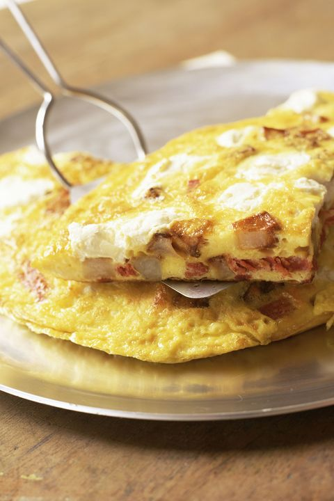 bacon , onion and cheese omelet