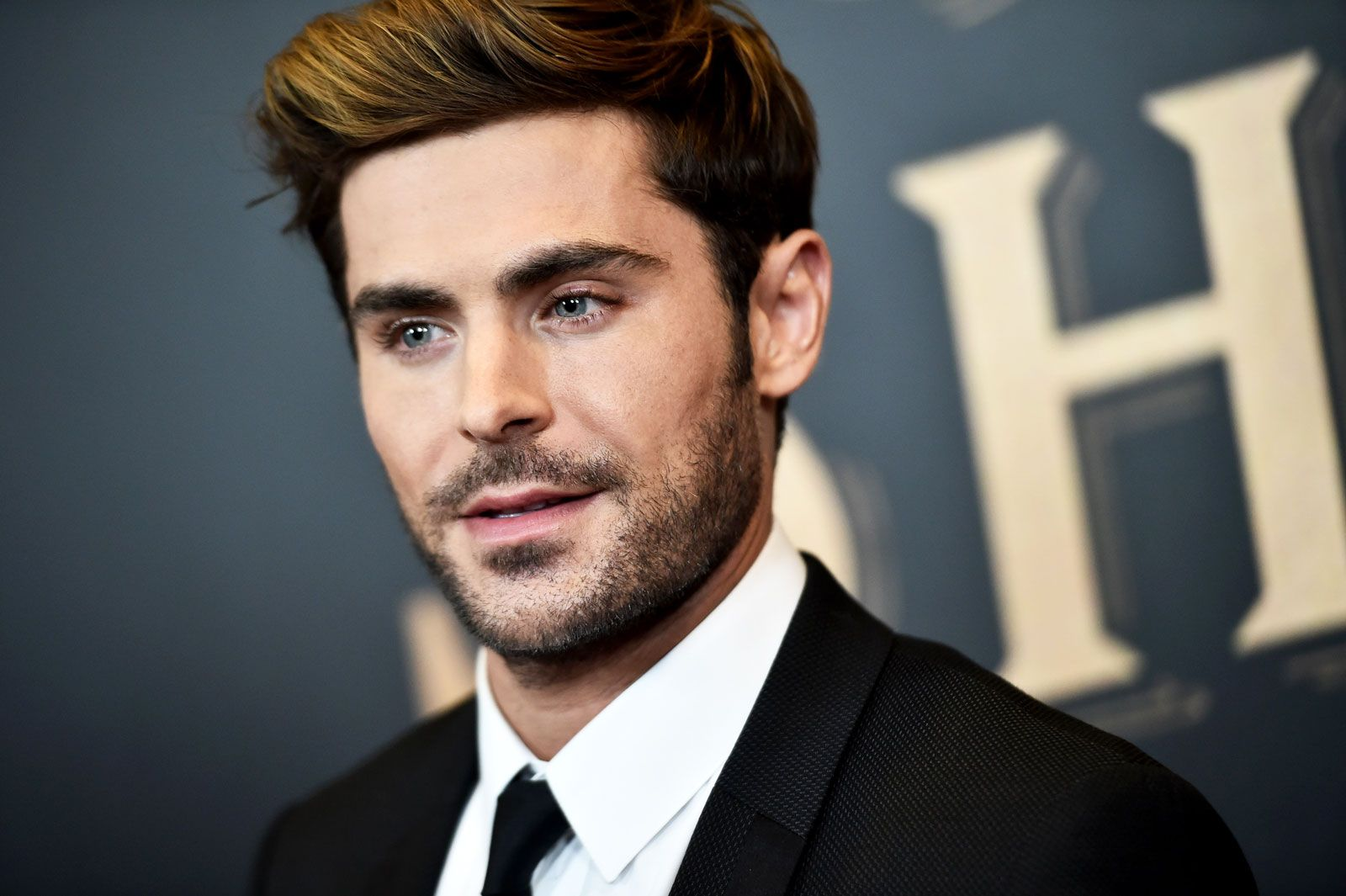 Wondrous Zac Efron Grew A Beard And Heres How You Can Too Schematic Wiring Diagrams Amerangerunnerswayorg