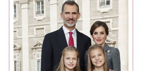 Spanish royal family releases 2017 christmas card 20 best holiday spanish royals christmas card m4hsunfo