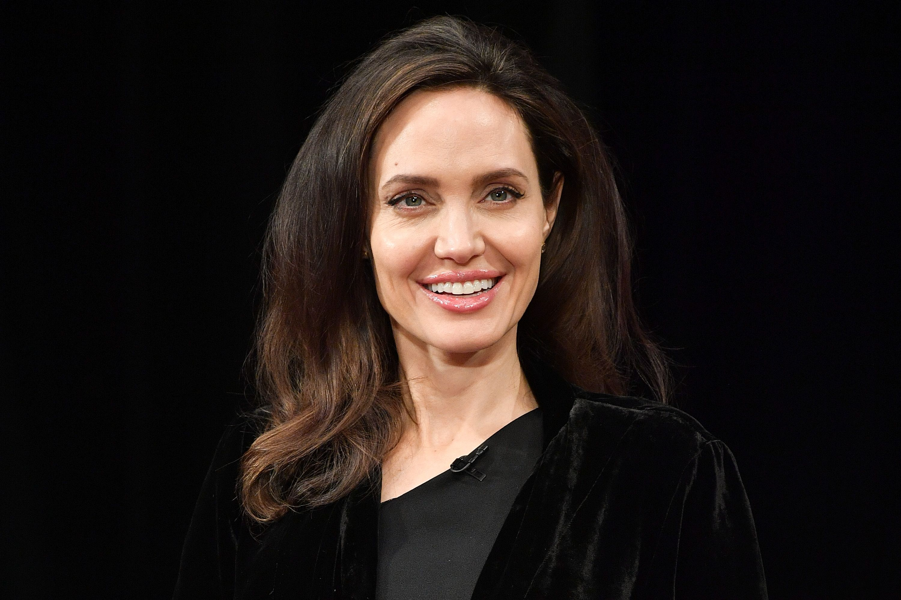 Angelina jolie having sex in taking life