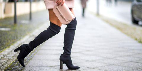Street fashion, Footwear, White, Leg, Shoulder, Human leg, Joint, Boot, Ankle, Thigh,