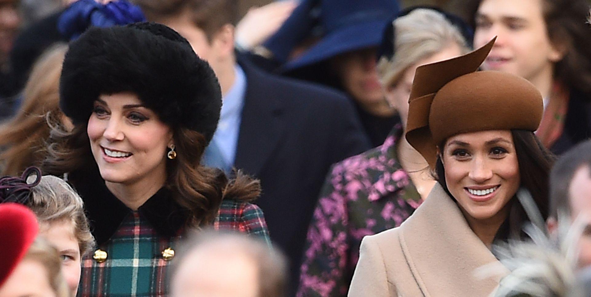 Meghan Markle en Kate Middleton op Kerstdag 2017.