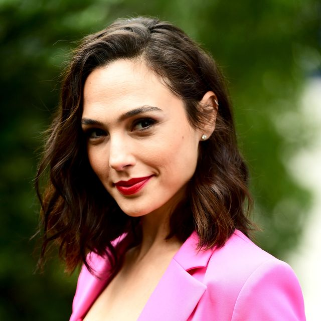palm springs, ca   january 03  actress gal gadot attends the varietys creative impact awards and 10 directors to watch at the 29th annual palm springs international film festival at parker palm springs on january 3, 2018 in palm springs, california  photo by emma mcintyregetty images