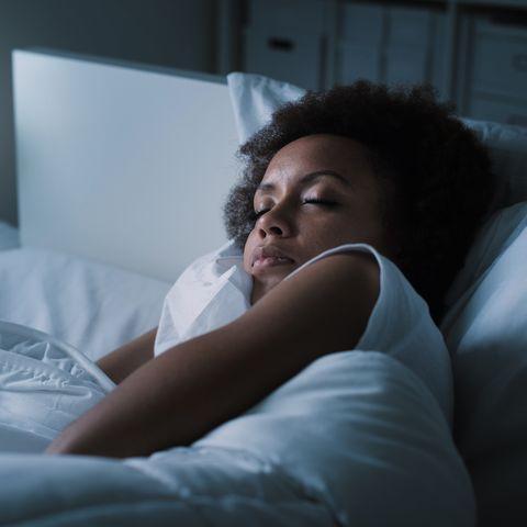 Bed, Skin, Comfort, Bed sheet, Shoulder, Room, Bedding, Arm, Joint, Sleep,