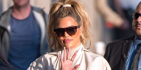 Eyewear, Hair, Glasses, Sunglasses, Hairstyle, Blond, Cool, Chin, Vision care, Street fashion,
