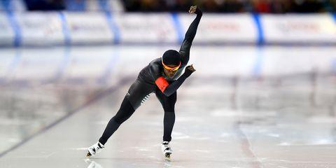 Sports, Skating, Speed skating, Long track speed skating, Ice skating, Short track speed skating, Recreation, Individual sports, Clap skate, Sports equipment,