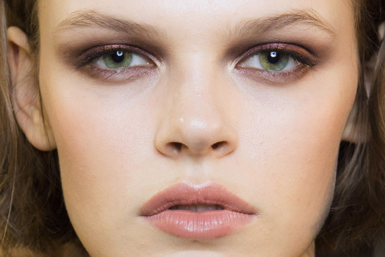 10 best eyeshadows for green eyes