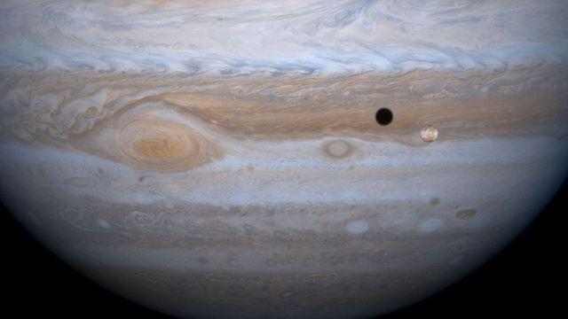 quizás haya vida en europa, una de las lunas de júpiter