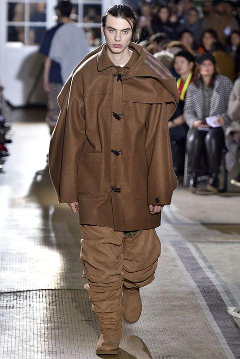 5806bfb5d30 Thigh-High Uggs Make Their Debut at Paris Men's Fashion Week - New ...