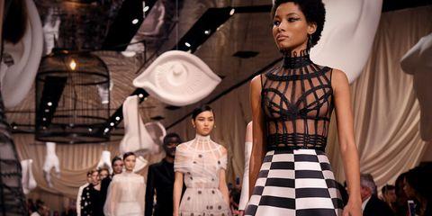 Fashion model, Fashion, Haute couture, Fashion show, Runway, Fashion design, Dress, Black-and-white, Event, Style,