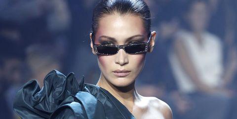 Eyewear, Face, Hair, Sunglasses, Fashion, Beauty, Fashion model, Hairstyle, Cool, Glasses,
