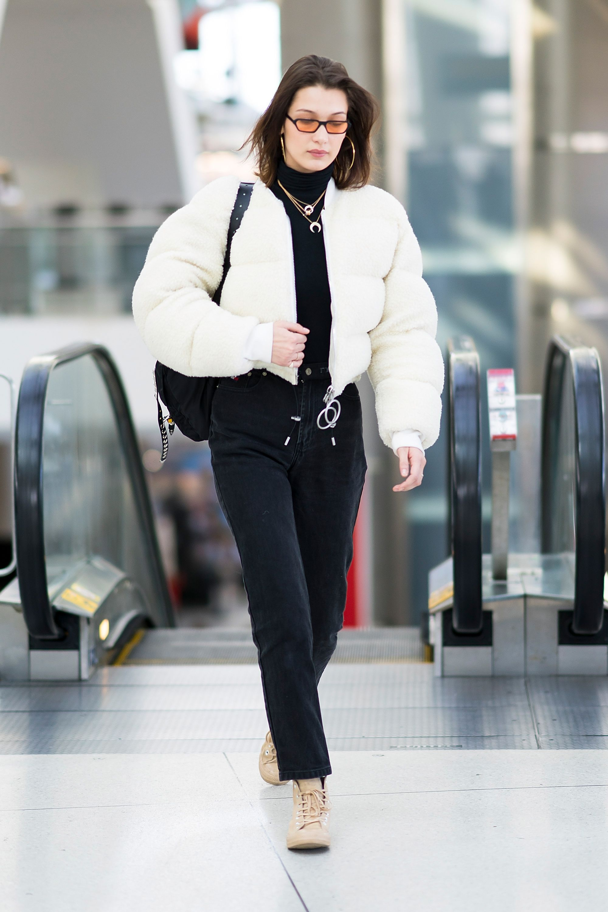 4f87a68c7 Celebrities Airport Style - Celebs Airport Fashion Photos