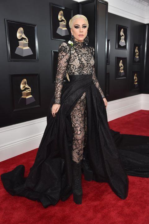 18 Grammy Awards Red Carpet Dresses – 2018 Grammy Awards Best Dressed
