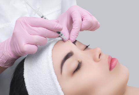 Face, Eyebrow, Skin, Forehead, Eyelash, Nose, Head, Beauty, Beauty salon, Cheek,