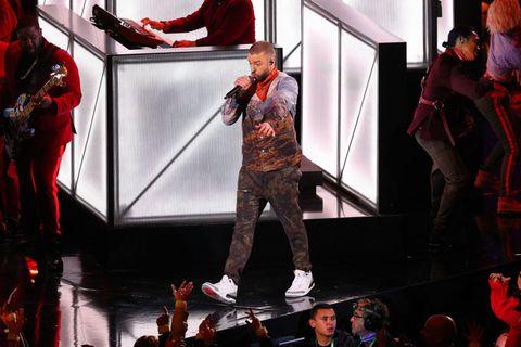 2617ed28a3083 Las zapatillas de Justin Timberlake en la Super Bowl que se agotaron ...