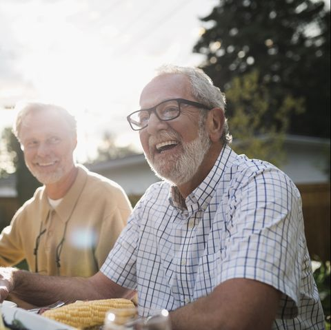 average life expectancy in US lower than other countries