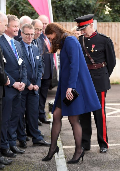 4d0d8ffbf The £5 tights hack Kate Middleton uses to stop her shoes from slipping
