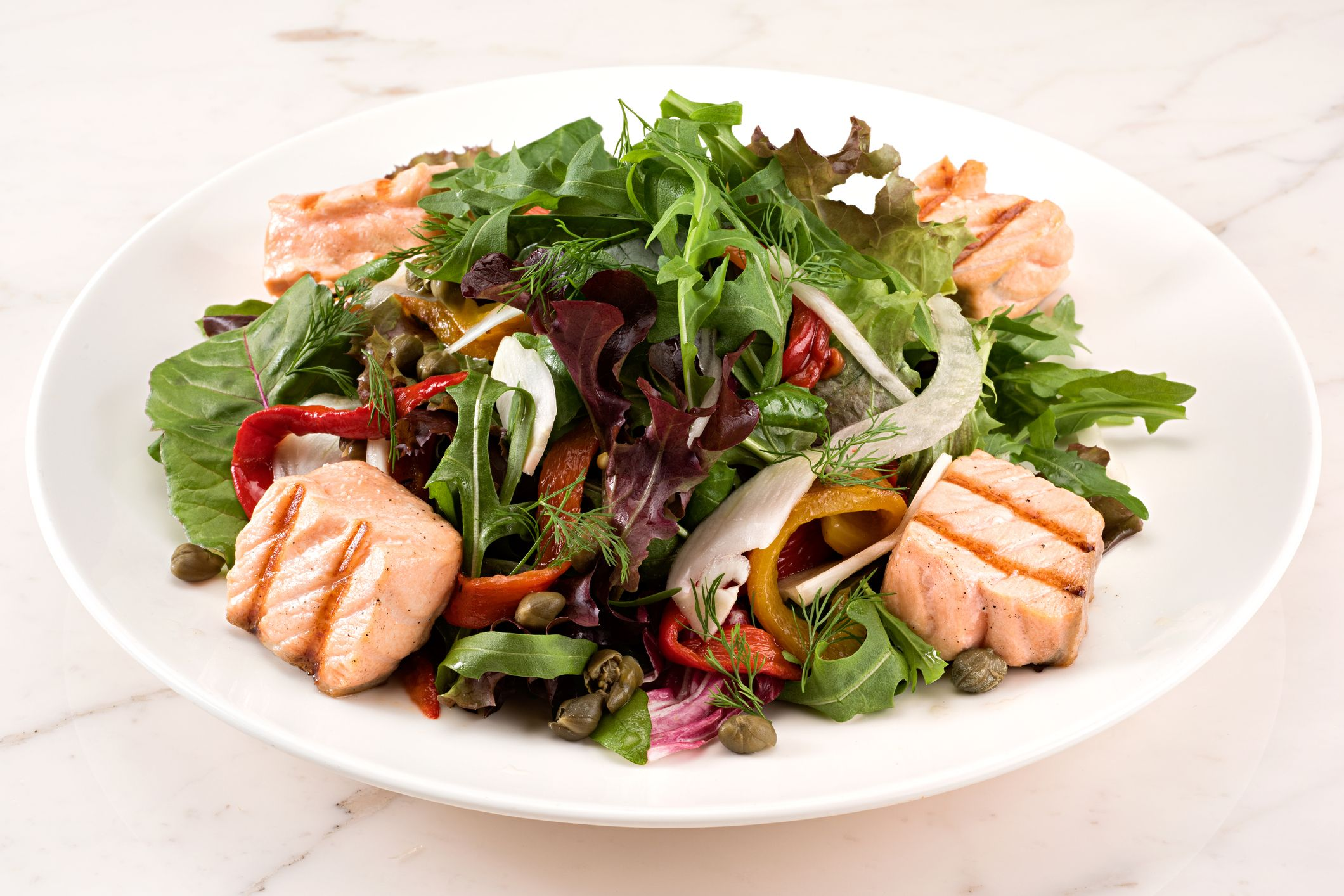 Grilled Salmon Salad Meal Prepping