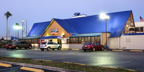 Building, Restaurant, Fast food restaurant, Vehicle, Car, House, Architecture, Real estate, Commercial building, Home,