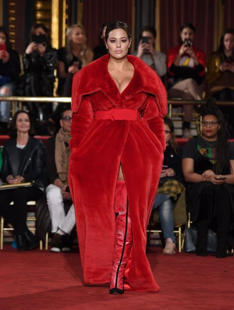 ac0496a7946 Christian Siriano Celebrated Diversity in Fashion With A Stunning 10 ...
