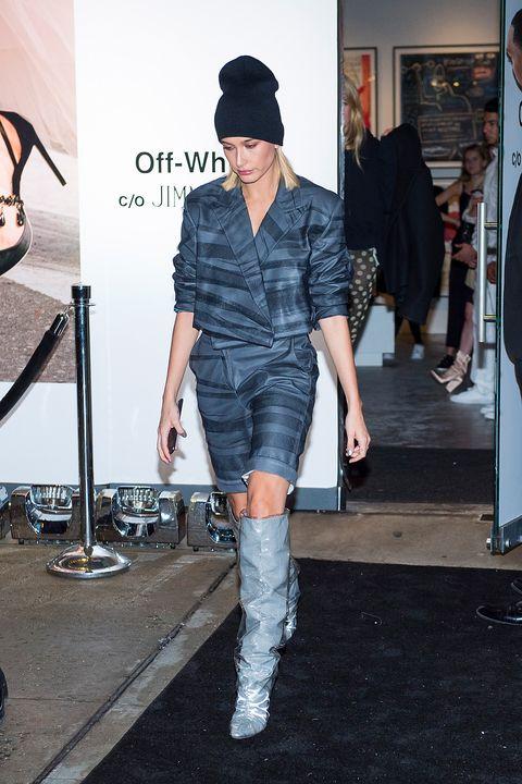Clothing, Fashion, Street fashion, Footwear, Fashion show, Fashion model, Fashion design, Joint, Jeans, Denim,