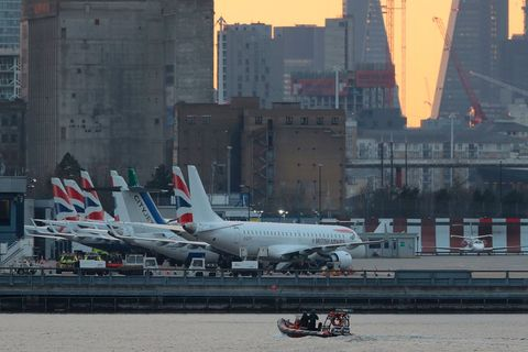 Airline, Air travel, Airplane, Aviation, Airliner, Airport, Aerospace engineering, Airport apron, Urban area, Aircraft,