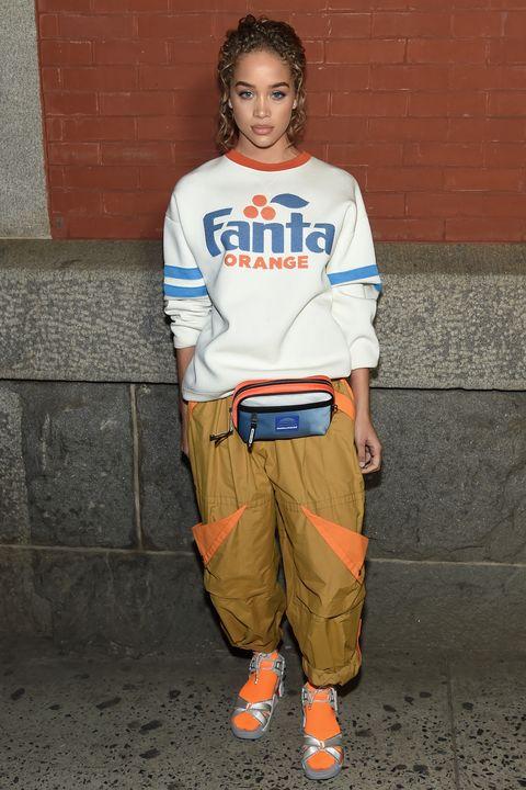 Standing, Orange, Sportswear, T-shirt, Trousers, Street fashion, Sleeve,